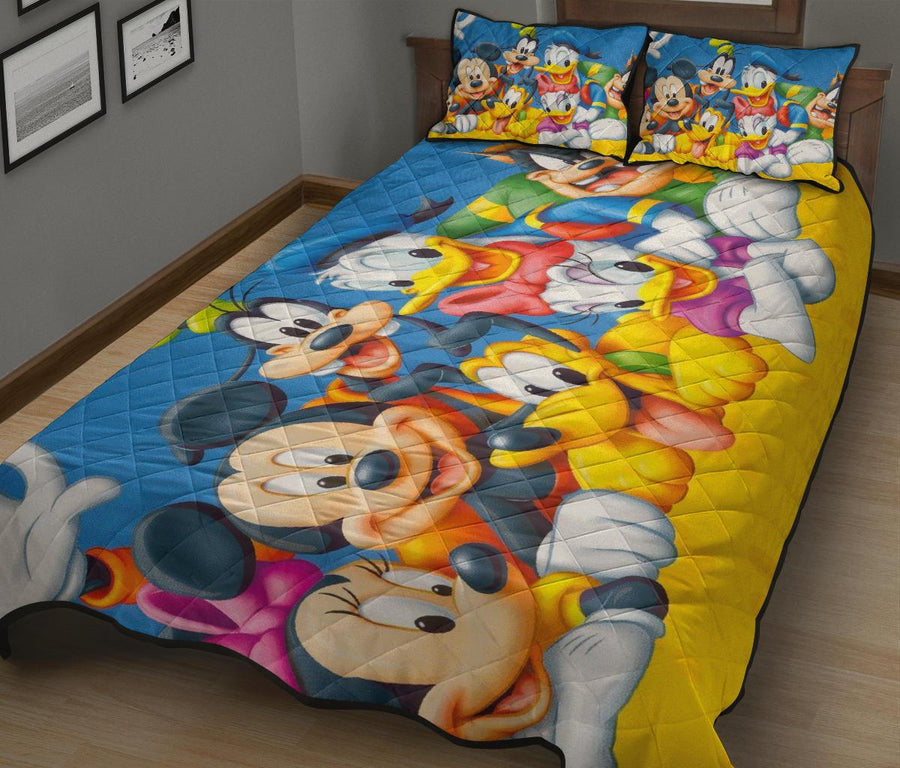 Donald Duck Friends Quilt Bed Sets