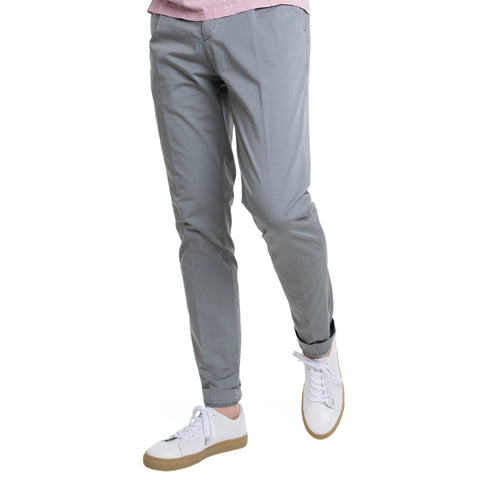 Myths Chino in Grau