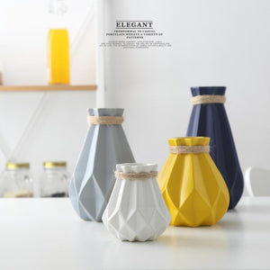 FREESON Elegant Mesh Diamond Structure Porcelain Vases for Decorations - Divine Inspiration Styles