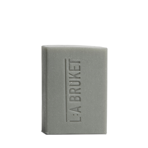 L:A Bruket Soap Bar Foot Scrub 120g - www.elegantgents.com