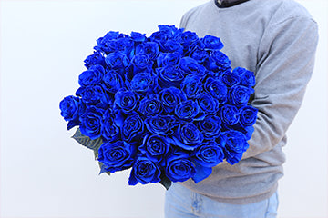The Blue Roses Everyone Was Waiting For