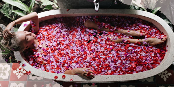 How to dry rose petals?