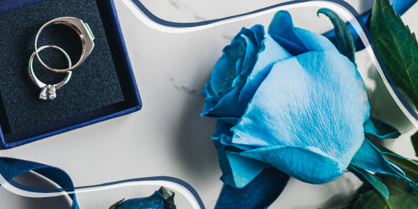 What does blue rose mean?