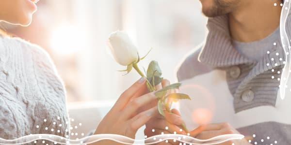 meaning of white roses
