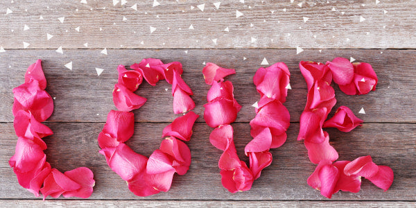 How to preserve rose petals at home?
