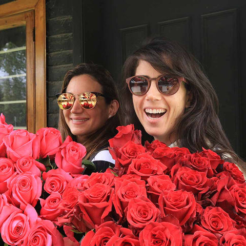 red roses friends