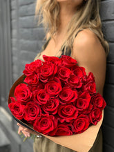 Load image into Gallery viewer, Explosion Red Roses Bouquet - Rosaholics