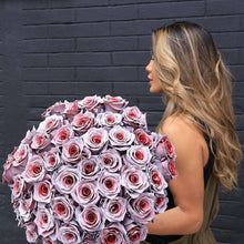 Load image into Gallery viewer, Cupid Rose Bouquet Gift - Rosaholics