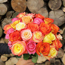 Load image into Gallery viewer, Crush Rose Bouquet Gift - Rosaholics