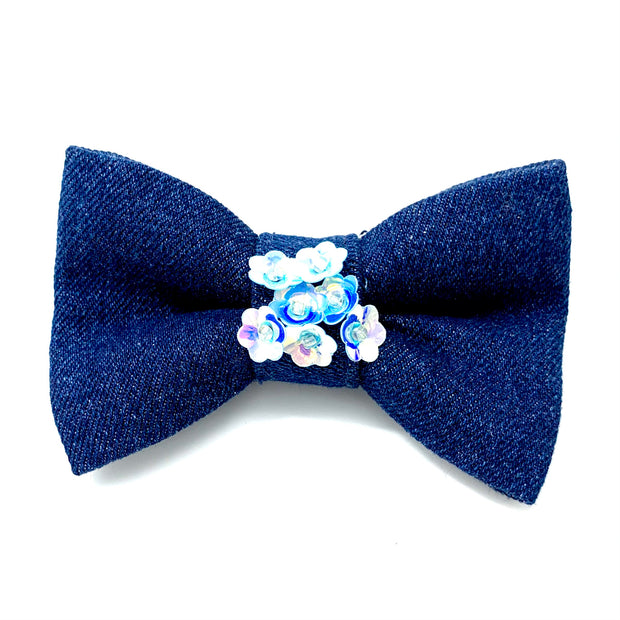 Blue denim garden flowers collar & bow tie set