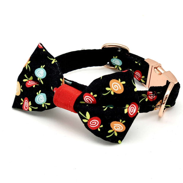 Black fruity collar with rose gold buckle