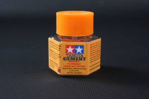 Tamaiya - Plastic Cement 20ml (87012) - the-pennsy-station-llc