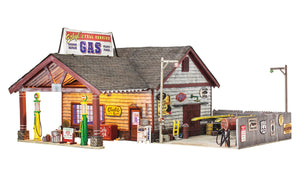Woodland Scenics - BR Ethyl's Gas & Service - O Scale (BR5849) - the-pennsy-station-llc