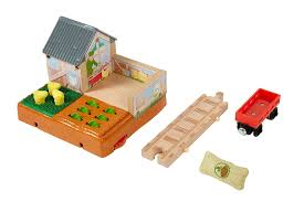 FP Thomas & Friends - McColl's Farm Chicken Coop (DFX05) - the-pennsy-station-llc