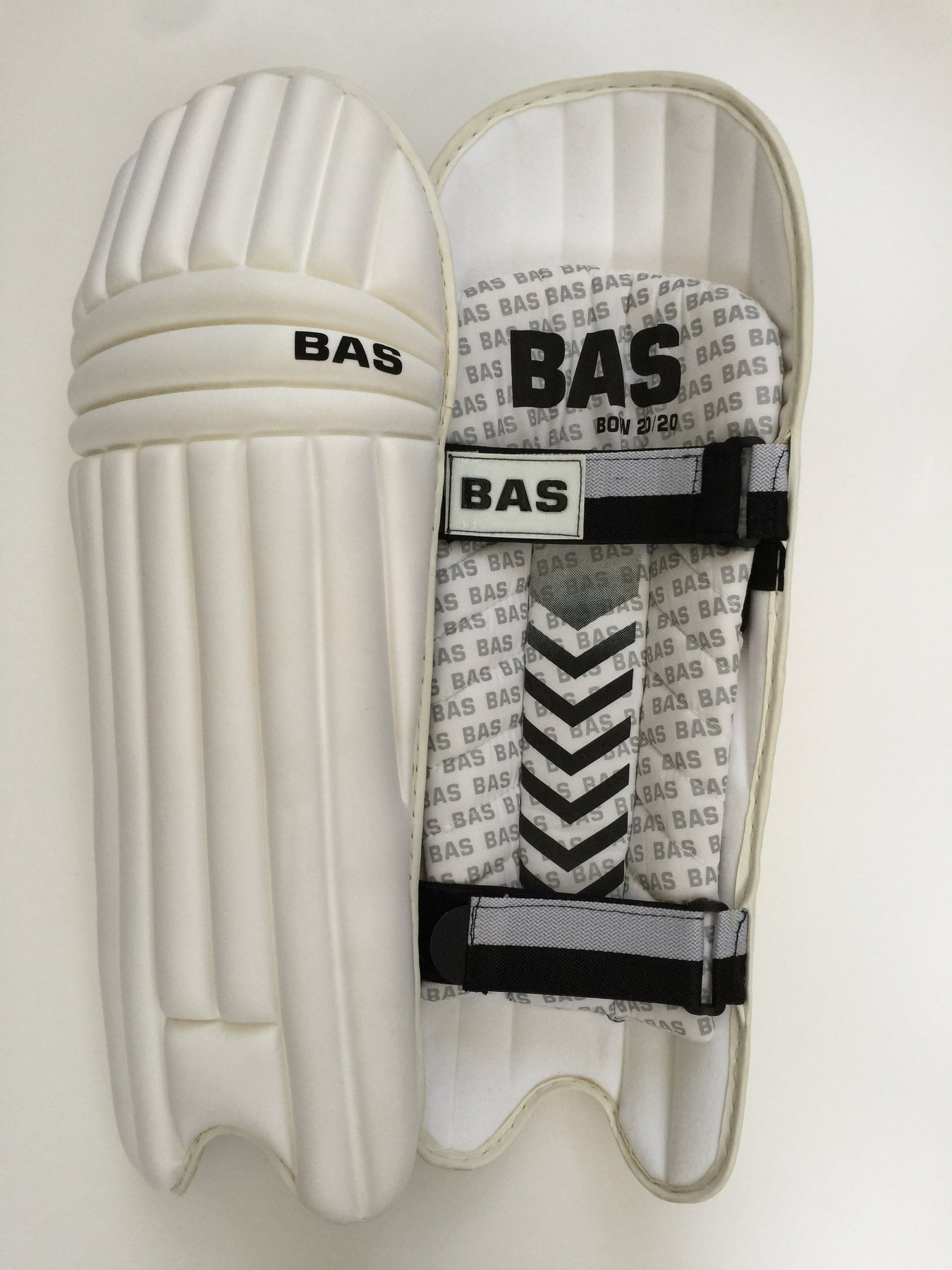 Bas Bow 2020 Moulded Twp Strap Cricket Batting Pads Lightest Pads On Dkp Cricket
