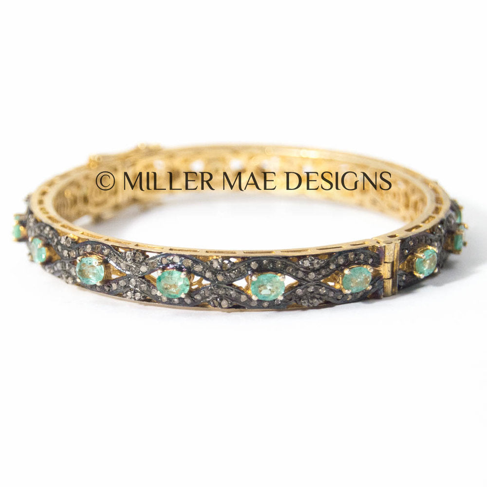 EMERALD & PAVÉ DIAMOND BRACELET