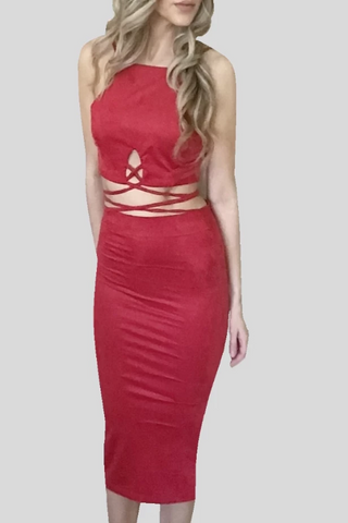 red 'wrap crop' set