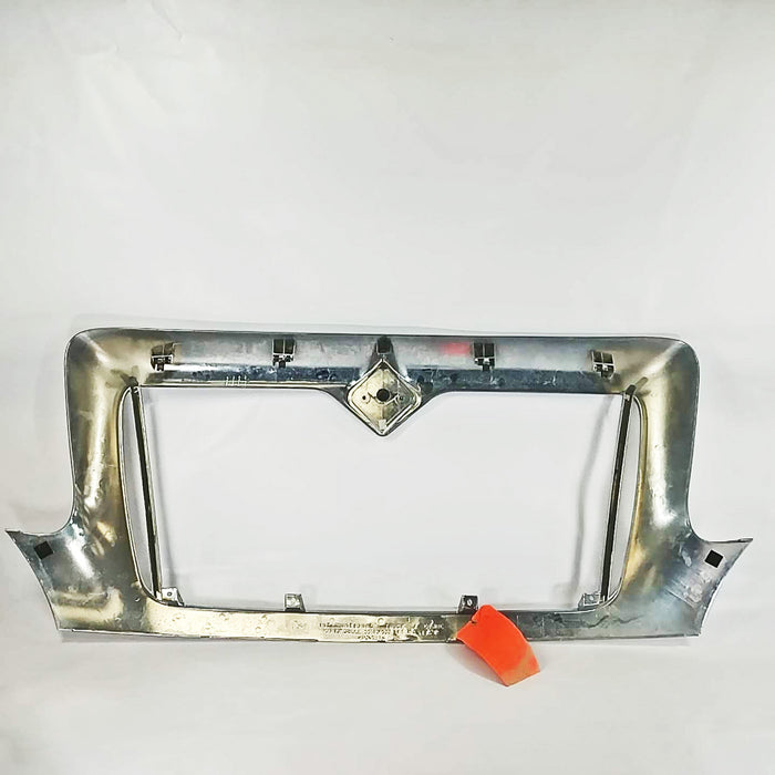 International 4300 PTO Snow Application Fixed Grill Surround OEM Take-Off - Big Truck Hoods