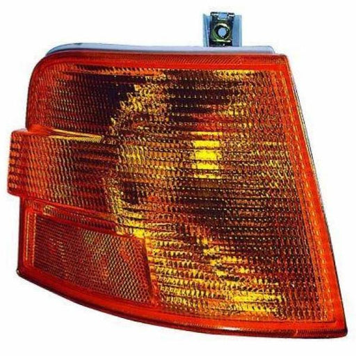 Volvo VN VNL VNM Gen 1 RH Turn Signal Corner Light - Big Truck Hoods