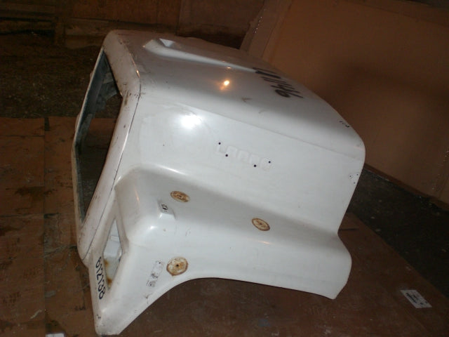 Ford L9000 Used Hood - Big Truck Hoods