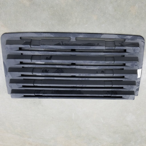 Freightliner 114SD OEM Take Off Grill 5 Louvers NO Chrome and NO Snaps - Big Truck Hoods