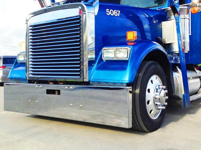 Freightliner FLD Classic 19 in. Box End Bumper 8 Bolt