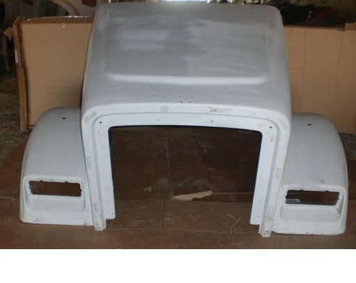 Freightliner Classic XL 132 Hood Used