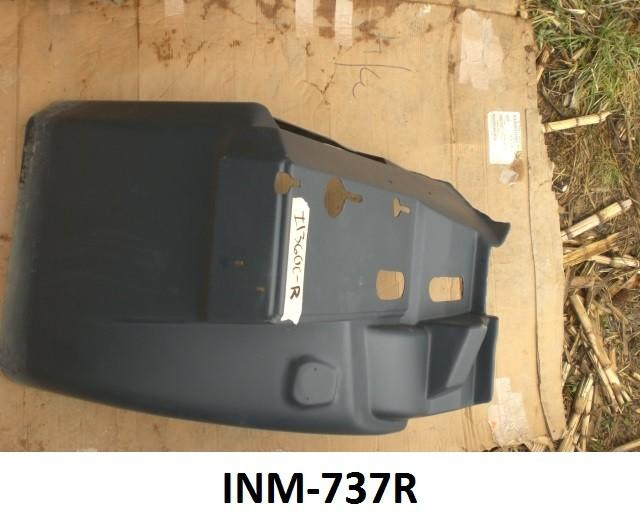 International 9200 / 9400 Passenger Side Fender Extension - Big Truck Hoods