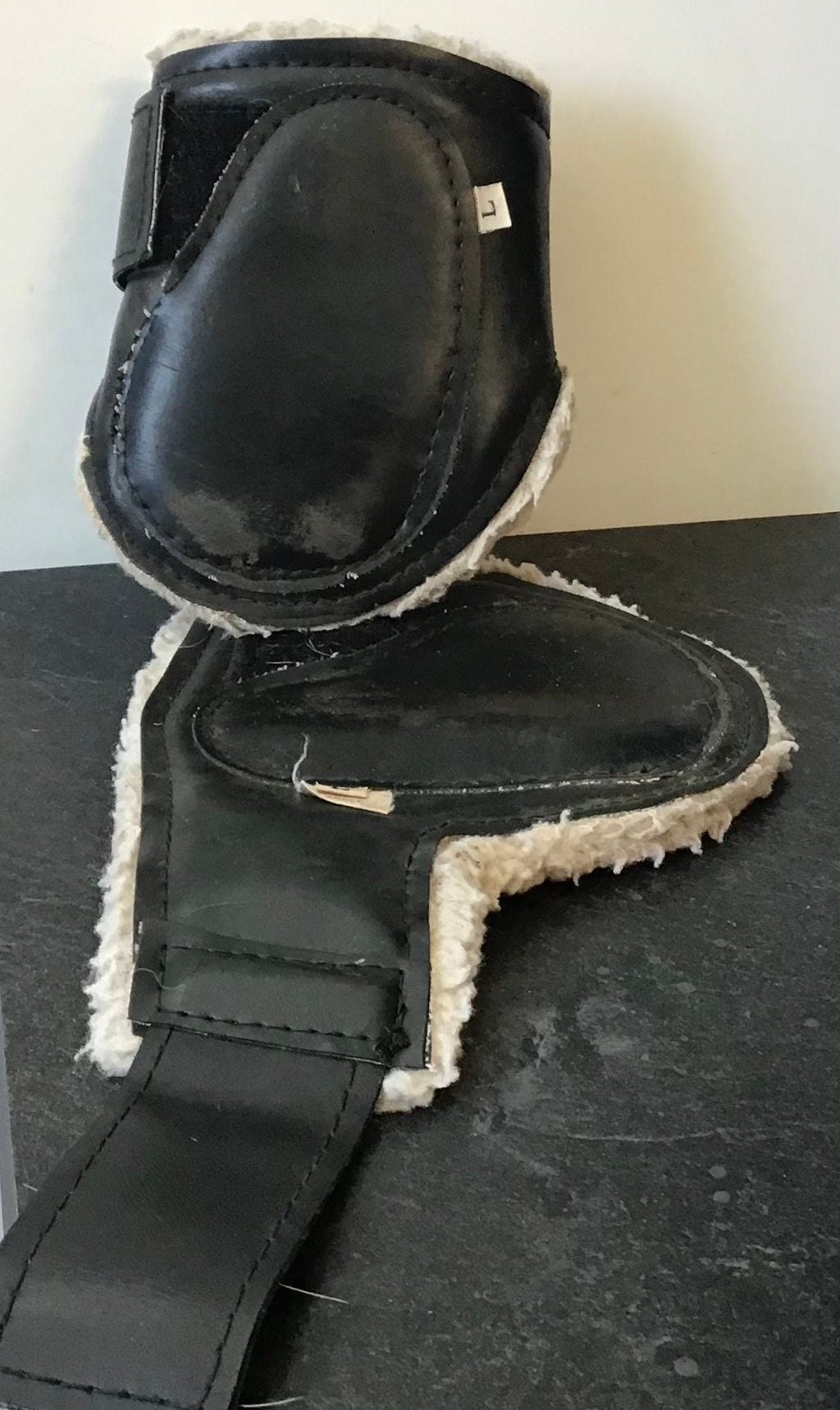 Brush boots (set)