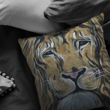 Load image into Gallery viewer, Lion Pillow