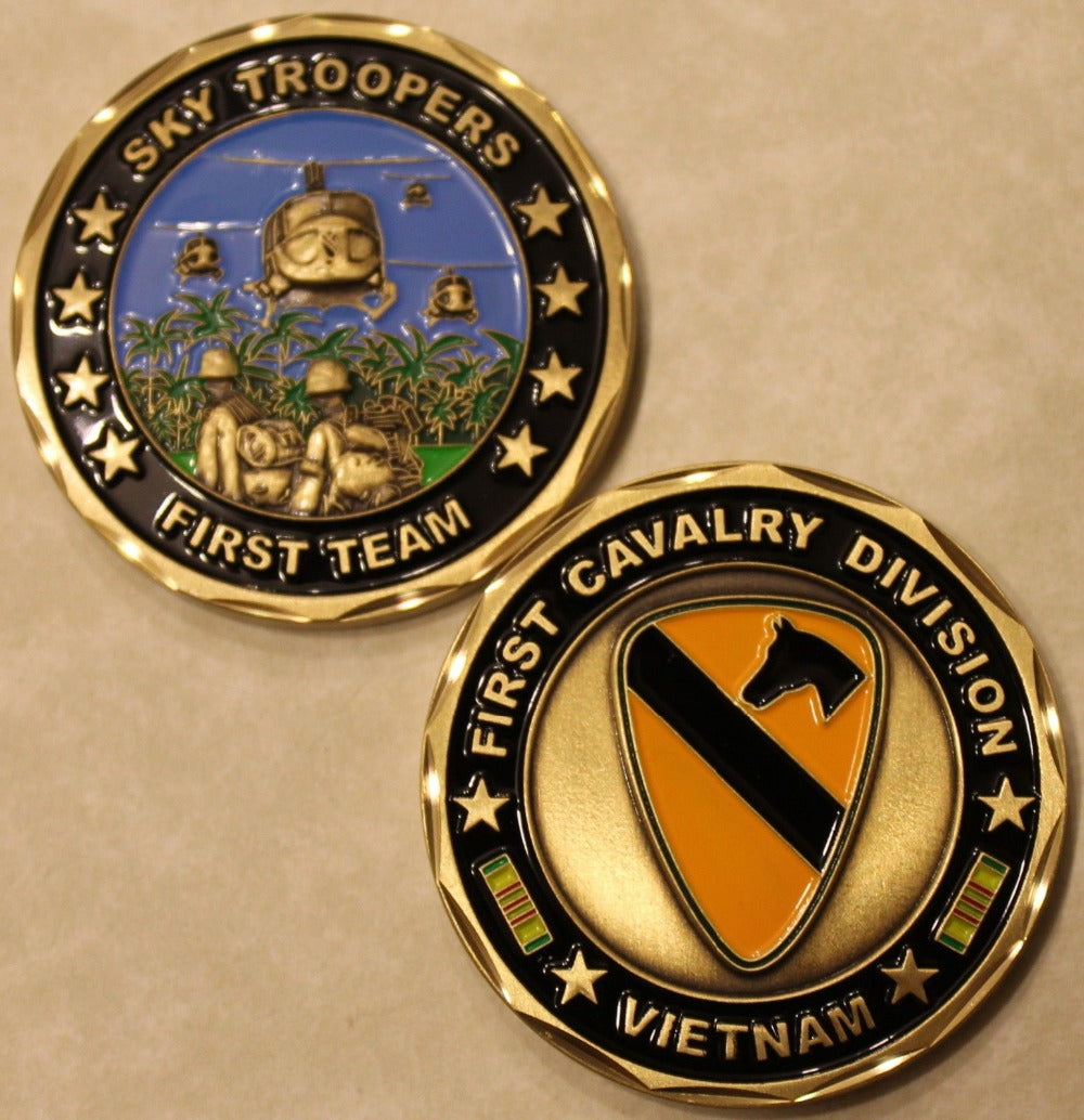 Army Coins: 1st Cavalry Division Vietnam Army Challenge Coin