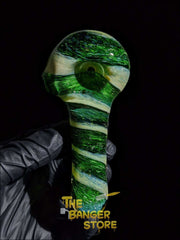 Thick Green Spiral Glass Pipe - The Banger Store