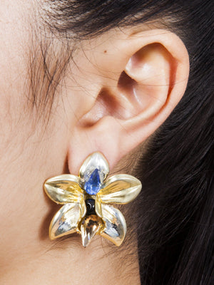 Valliyan Orchid Stud Earrings