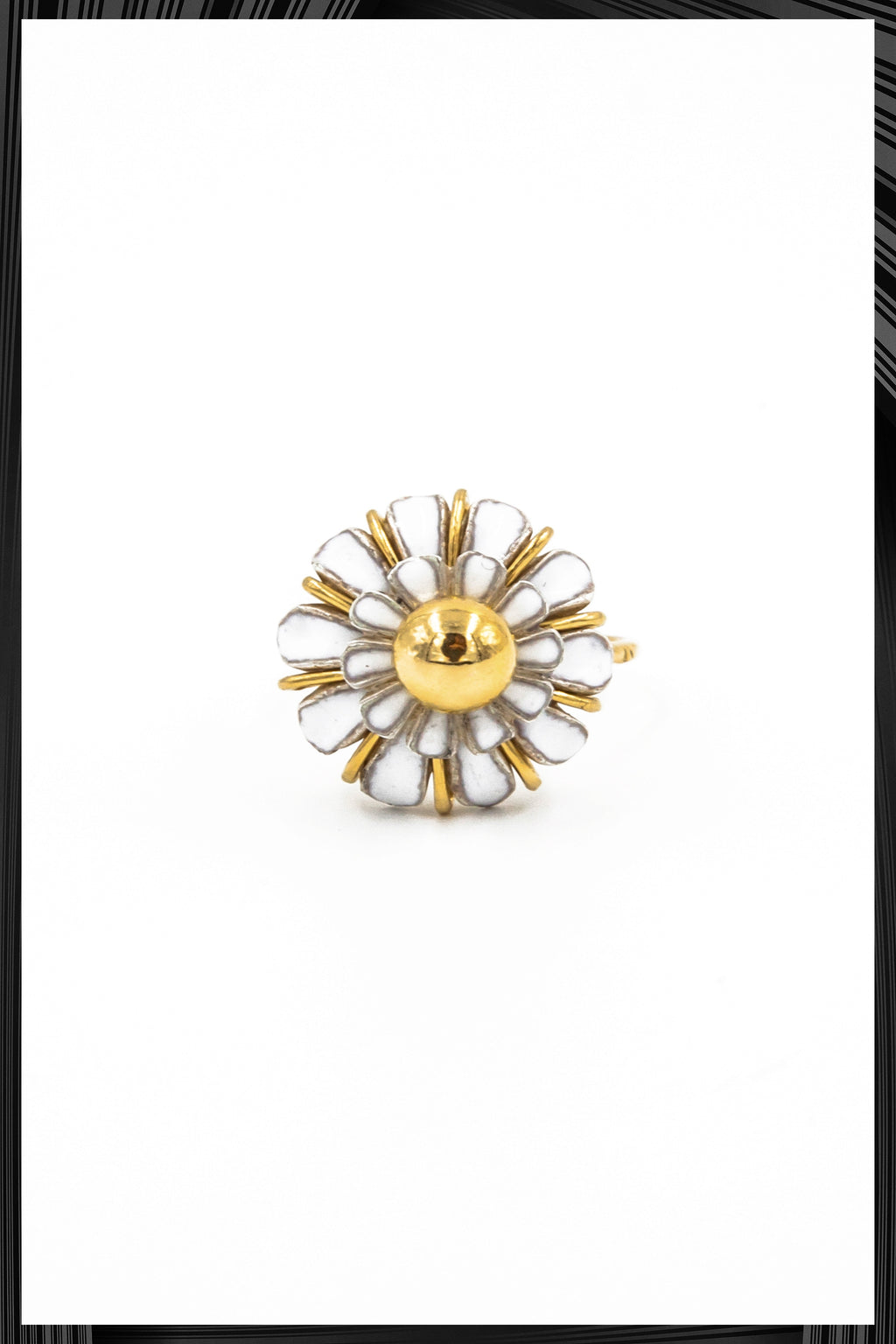 Daisy Ring | Free Delivery - Quick Shipping