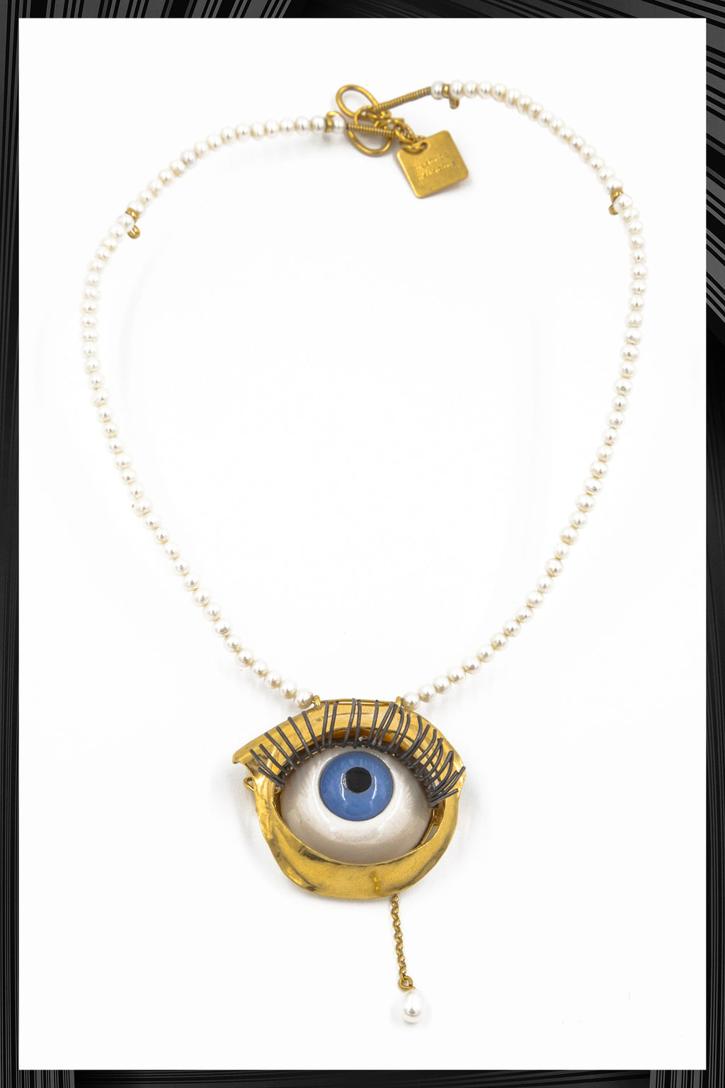 Toy Eye Choker