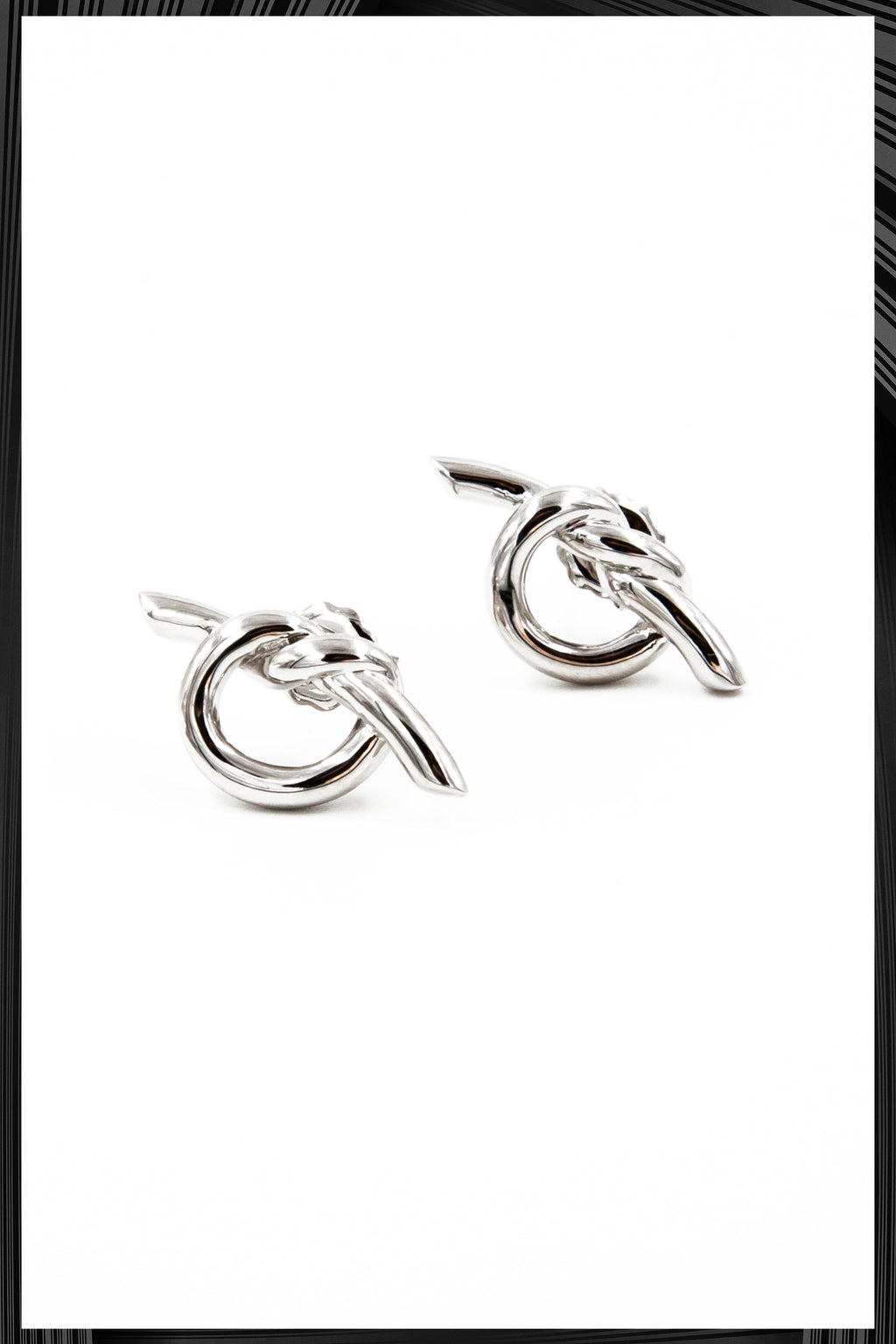 Venus Small Knot Earrings | Quick Shipping