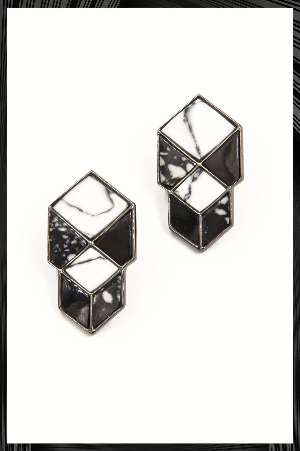 Eshvi 05 Earrings | Free Delivery - Quick Shipping