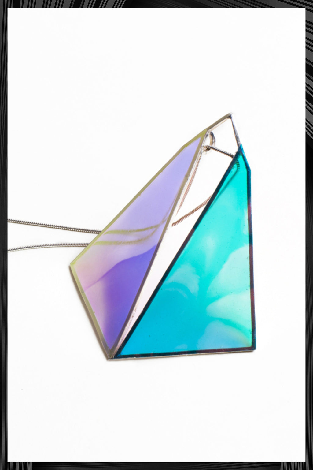 Kite Pendant | Free Delivery - 2-3 Week Shipping