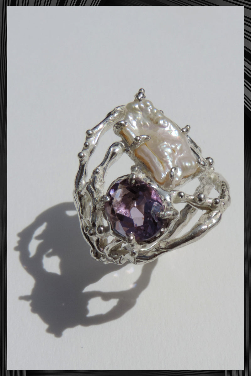 The Amethyst and Pearl Ring | Free Delivery - Quick Shipping