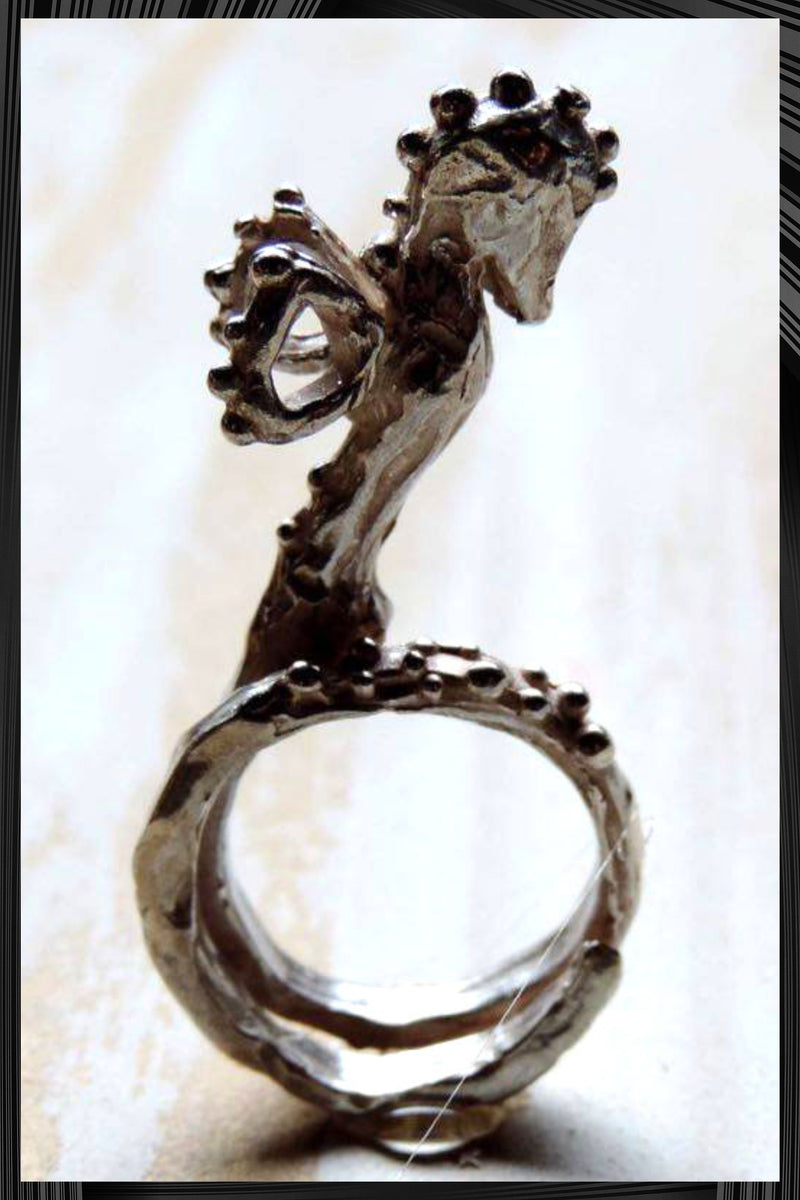 The Seahorse Ring | Free Delivery - Quick Shipping