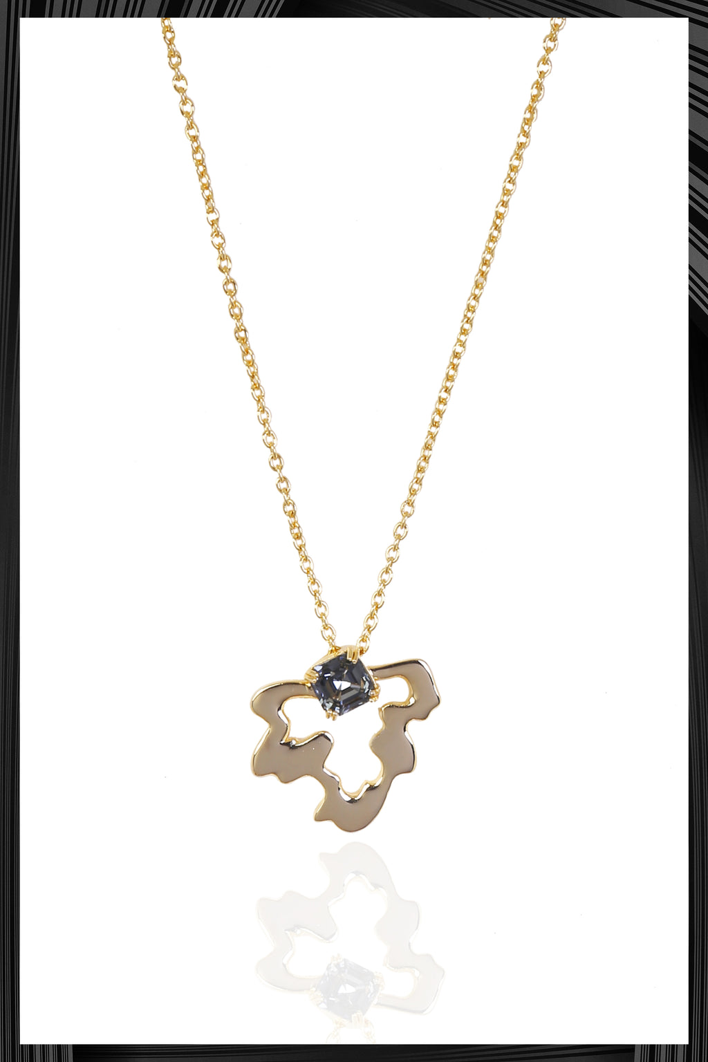 Gray Pendant Naia Necklace | Free Delivery - Quick Shipping
