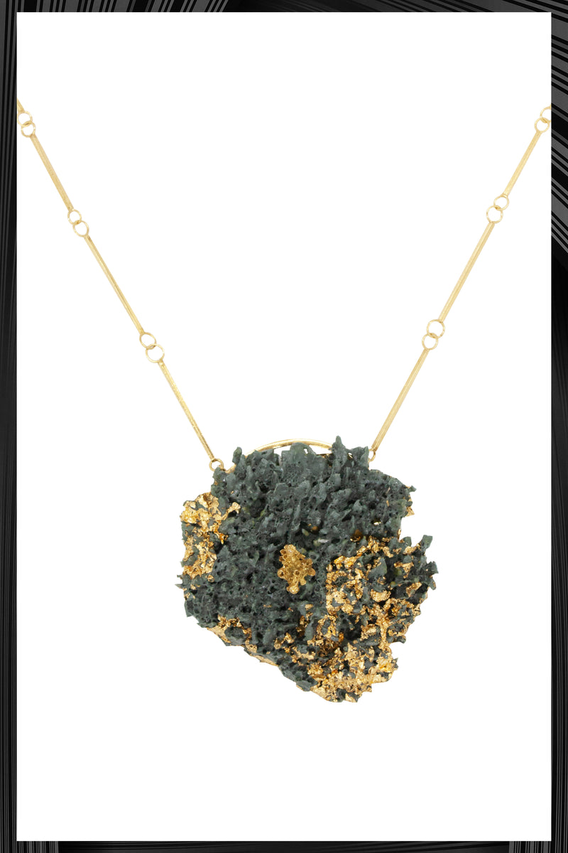 Gray XL Gold Leaf Necklace | Free Delivery - Quick Shipping
