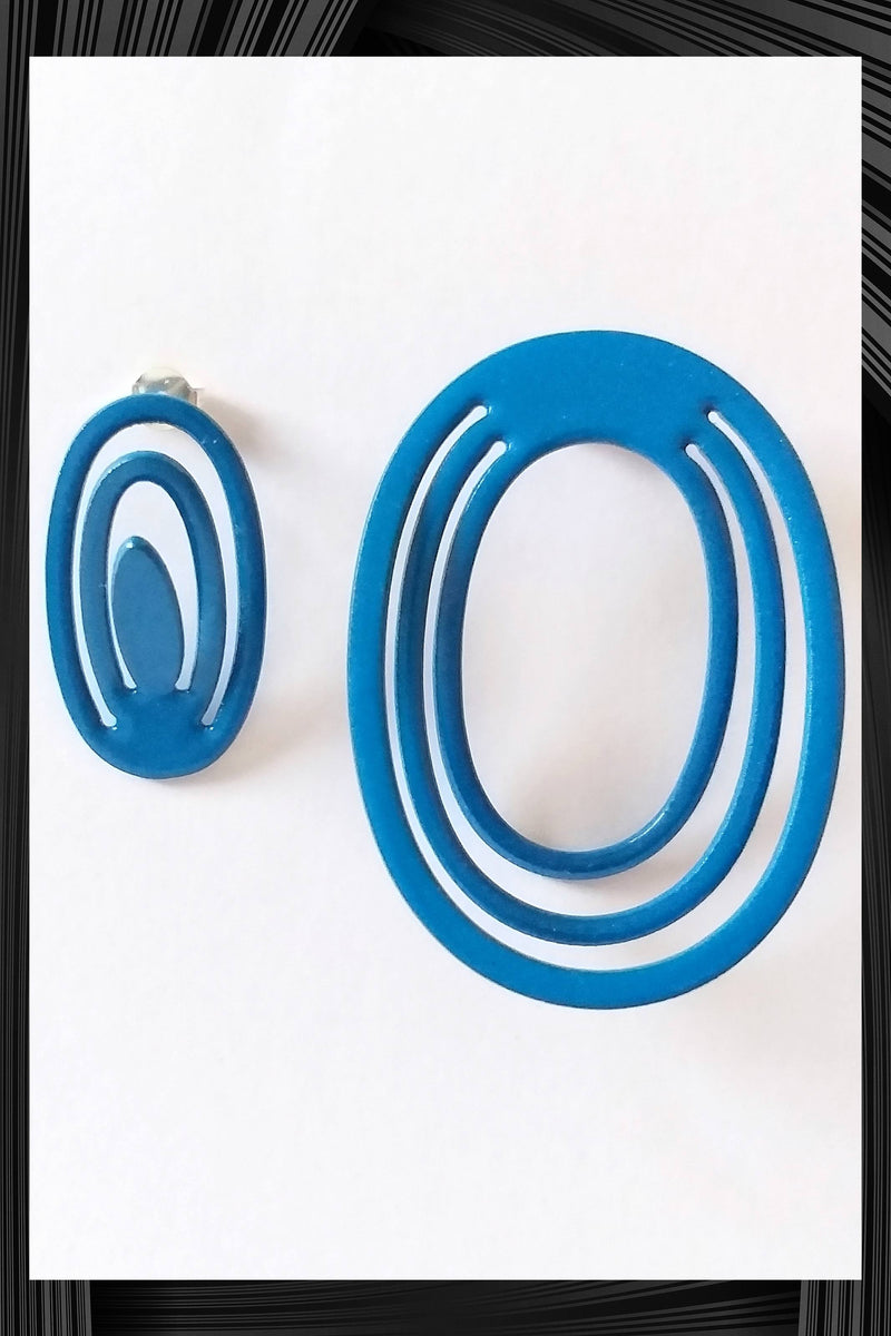 Blue Complementary Earrings