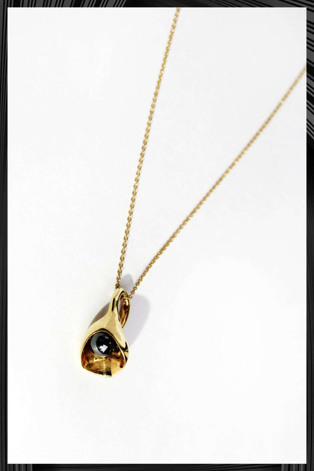 Calla Lily Pendant Necklace | Free Delivery - Quick Shipping