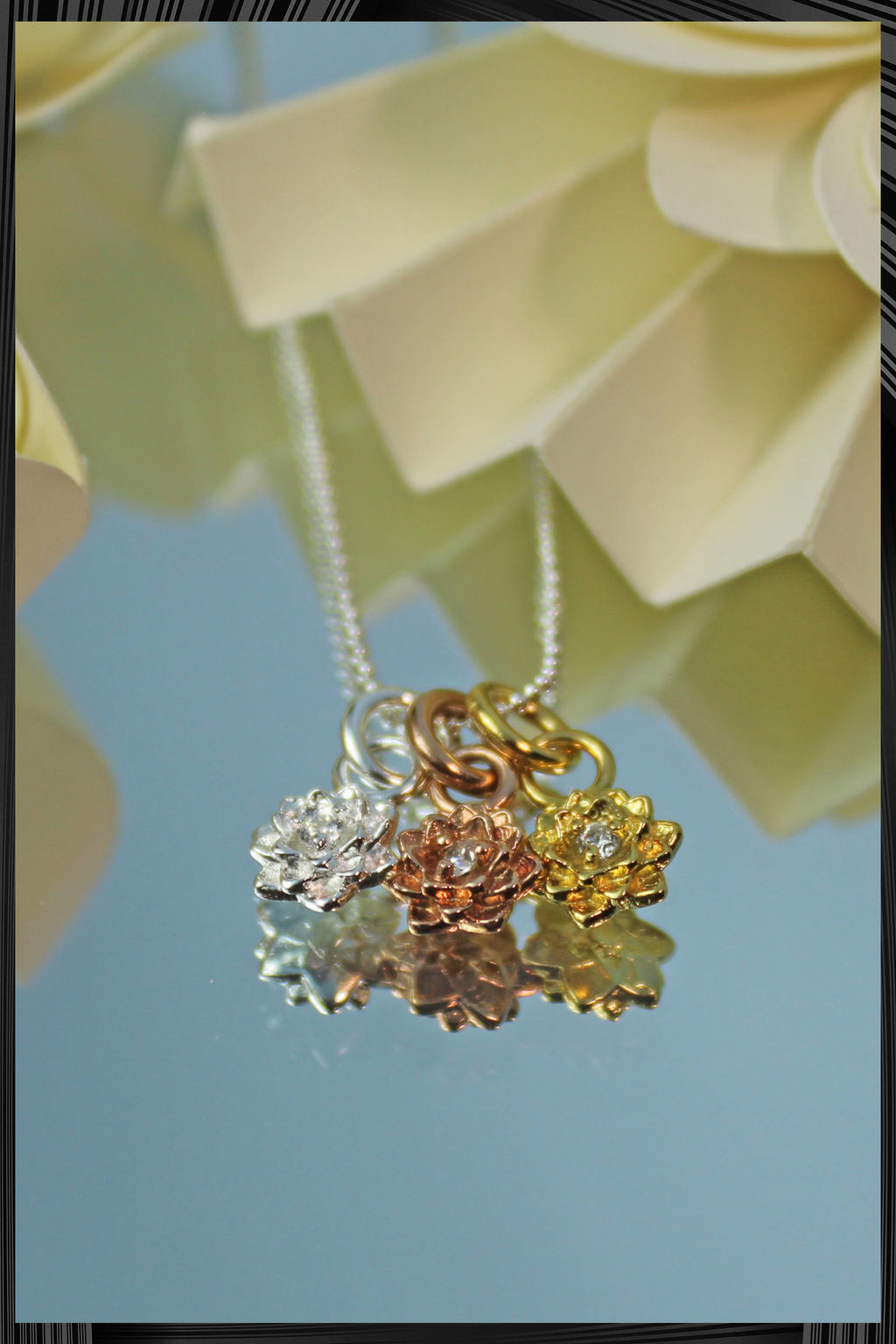 Lotus Necklace | Free Delivery - Quick Shipping
