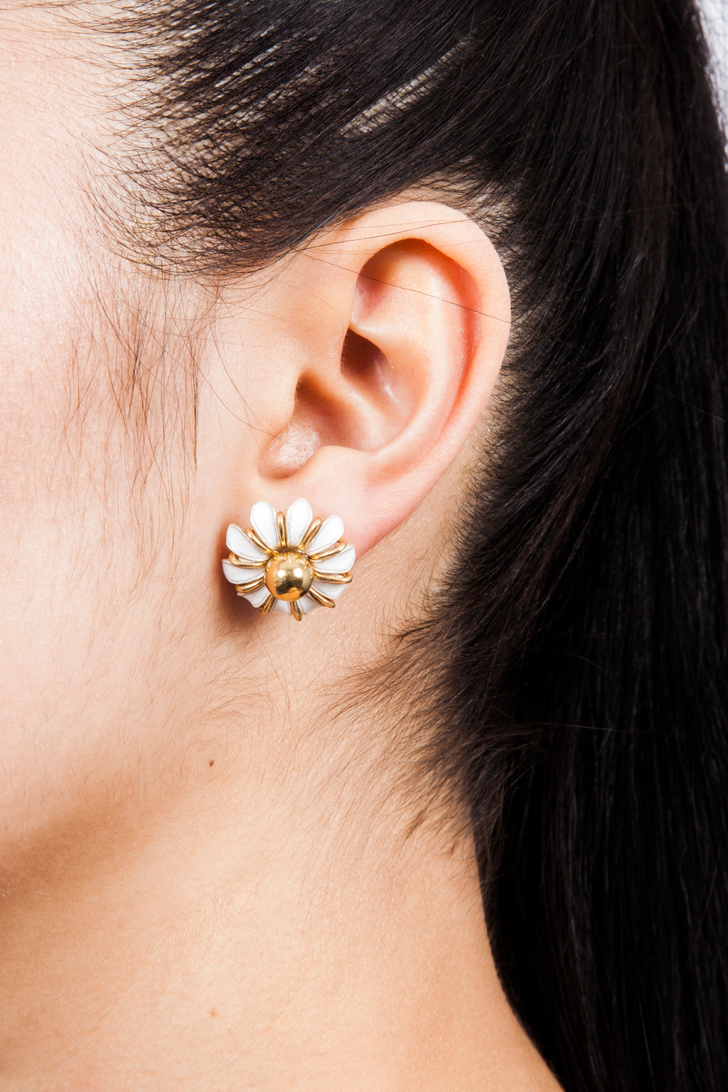 Beatriz Palacios Enamel Daisy Earrings