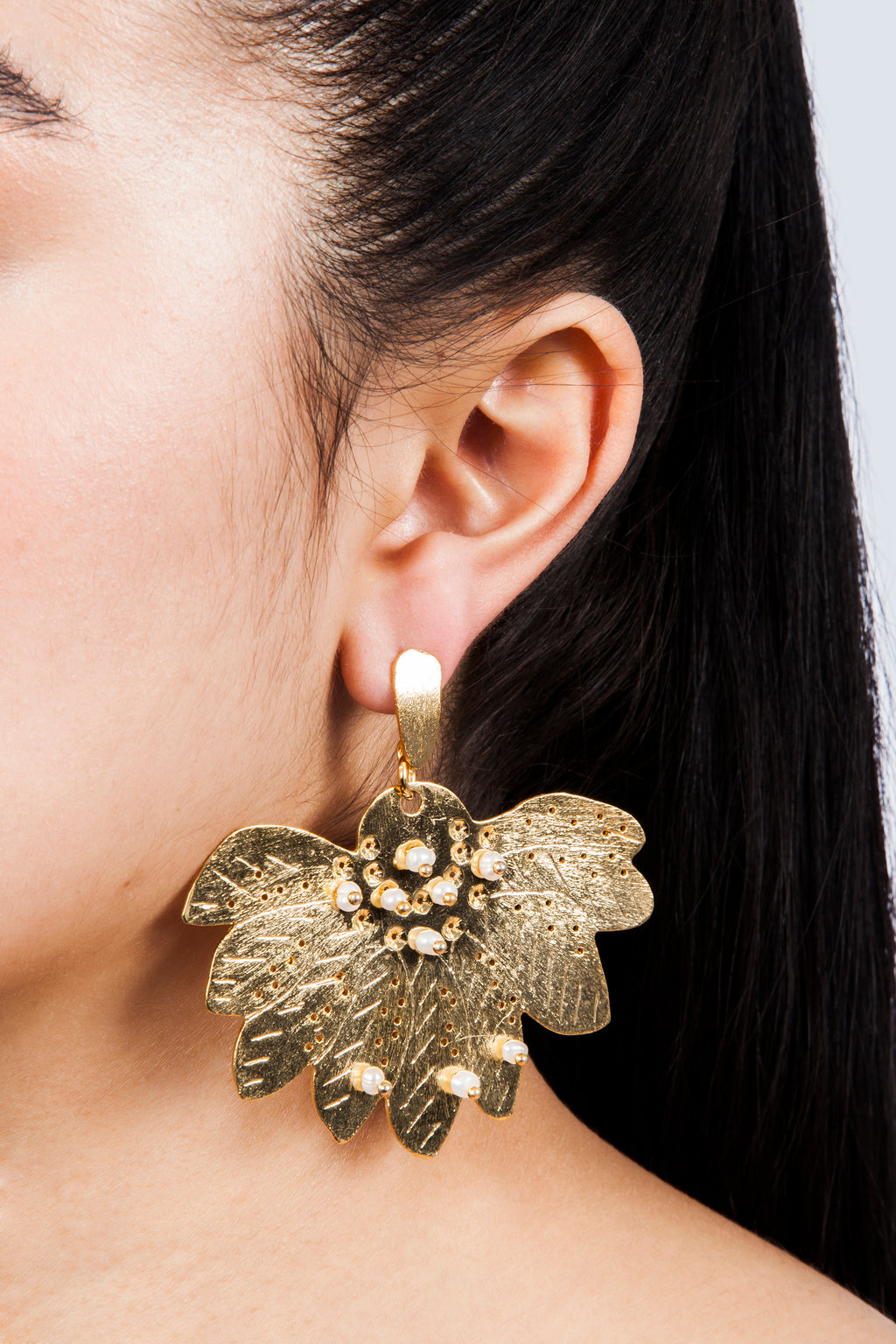 Colombian Jewelry Gold Lotus Flower Earrings
