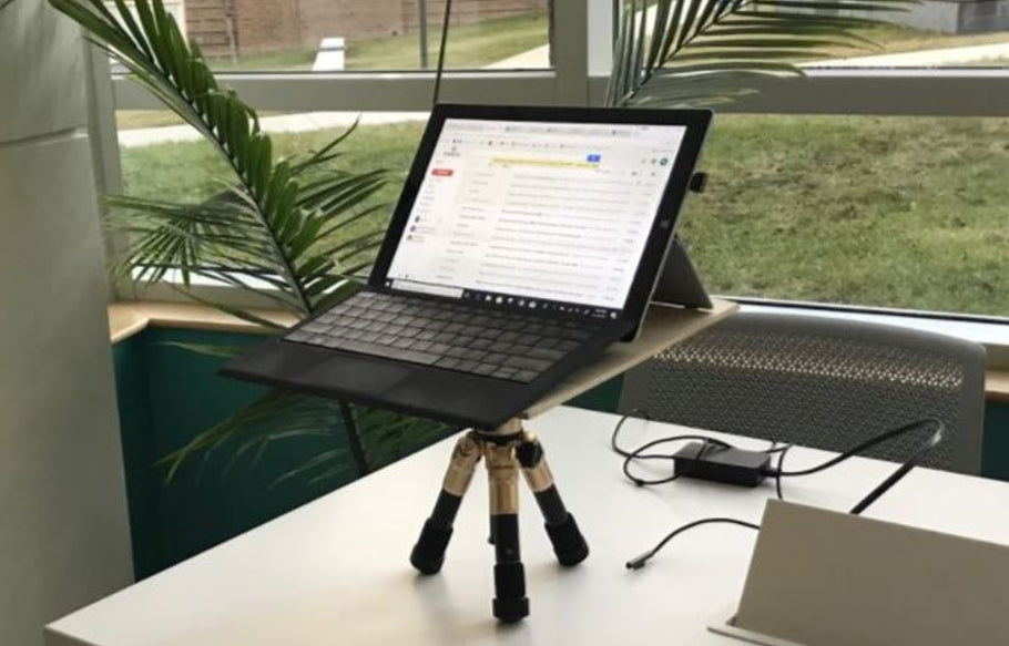 How to Use a Portable Standing Desk in Class