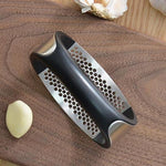 MIGHTY GARLIC CRUSHER