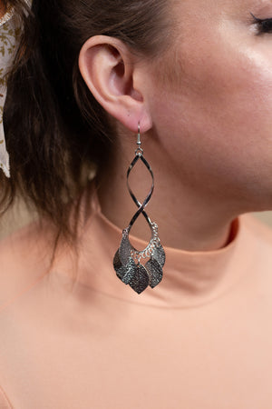 Silver Twist Leaf Dangle - Gypsie Souls